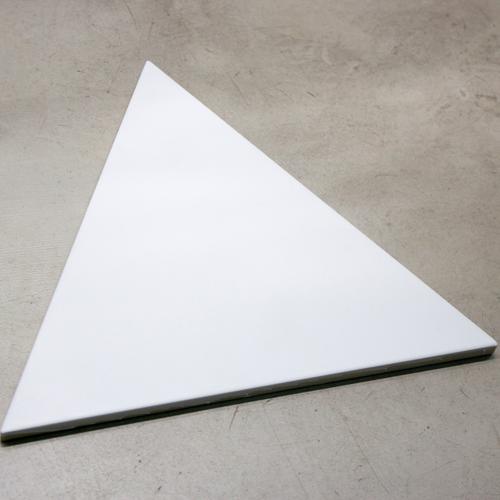 Piso Triangle Ice White
